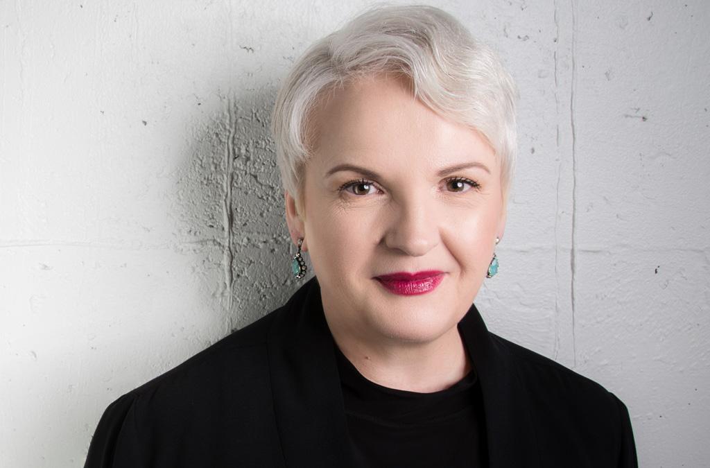 Klarheit schaffen: Wie eine klare Positionierung Führungskräften beim Bewerben Vorteile bringt – mit Martina Fuchs